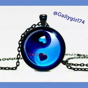 Jewelry - Yin Yang Cabochon Glass Black Necklace